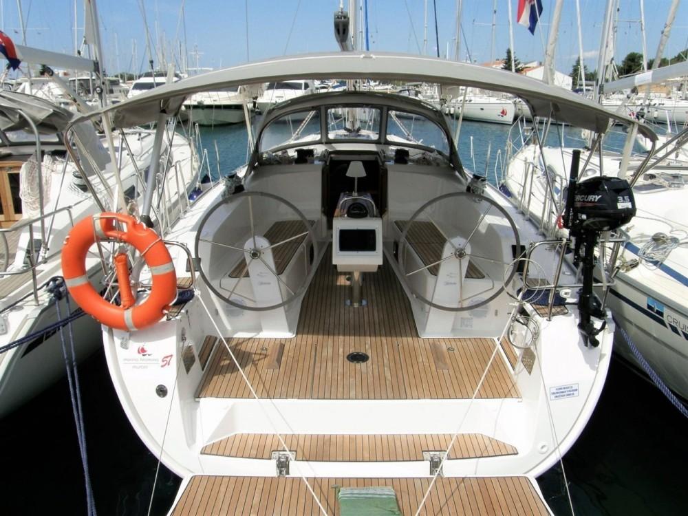 Rental yacht  - Bavaria 41 Cruiser on SamBoat