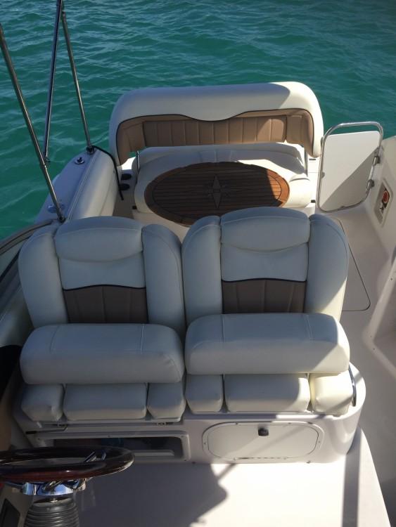 Rental Motor boat in Zadar - Four Winns Vista 258
