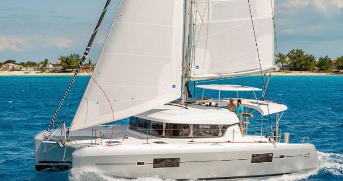 Rental Catamaran in Lávrio - Lagoon Lagoon 42(GEN,AC,WATERMAKER)