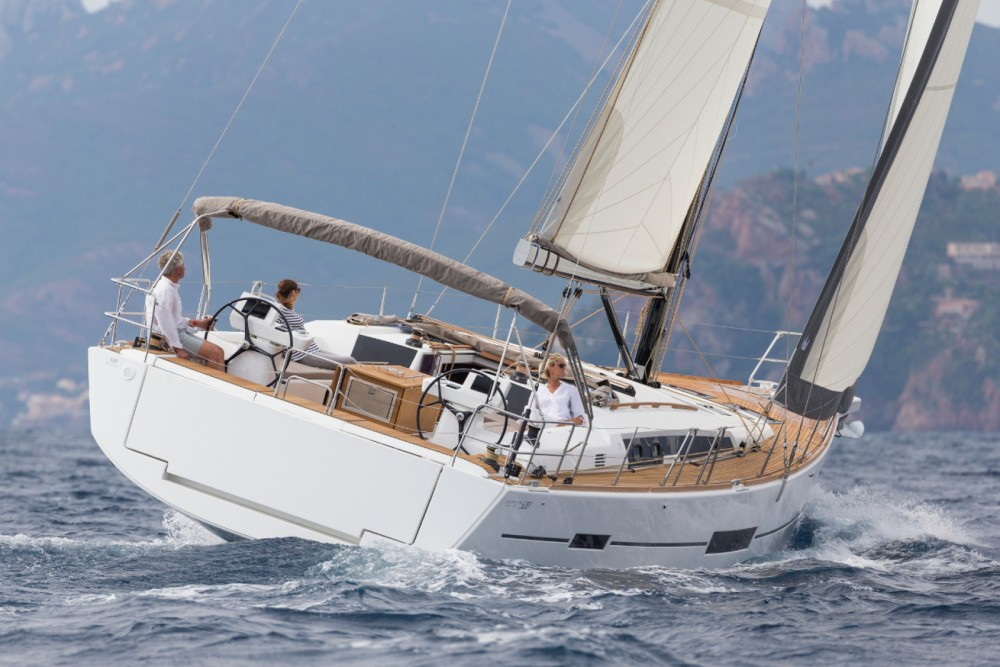 Boat rental Dufour Dufour 520 Grand Large in  on Samboat