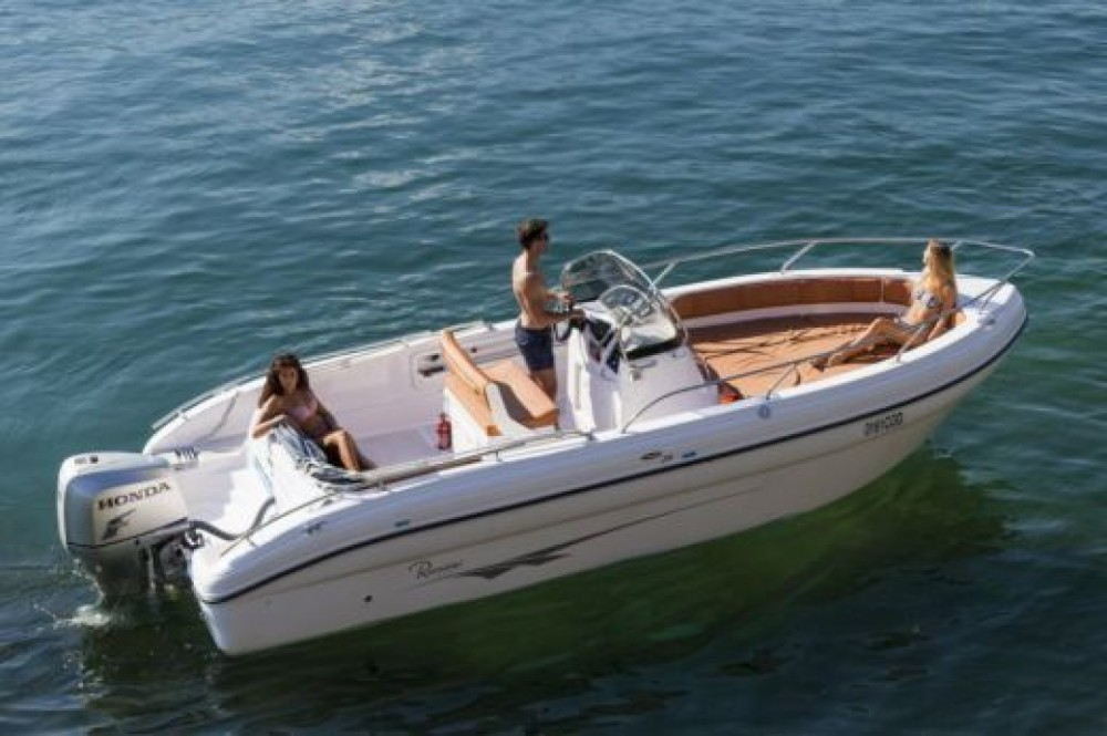 Motor boat for rent Marsala at the best price