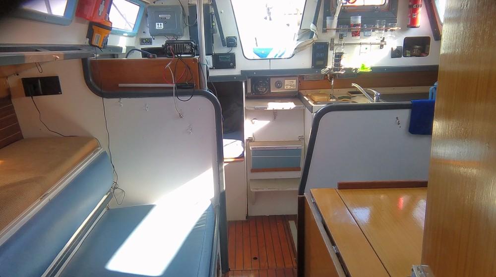 Rental Sailboat in Rochefort - Dufour Dufour 3800