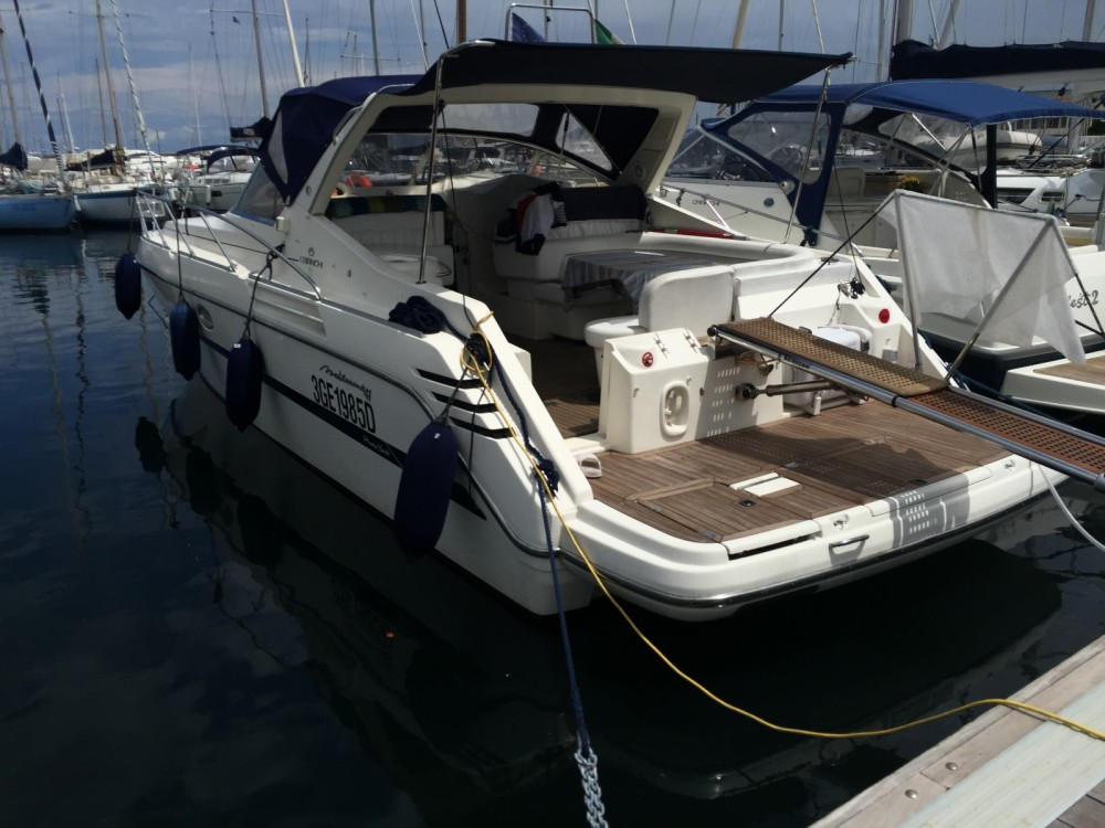 Hire Motor boat with or without skipper Cranchi Palermo