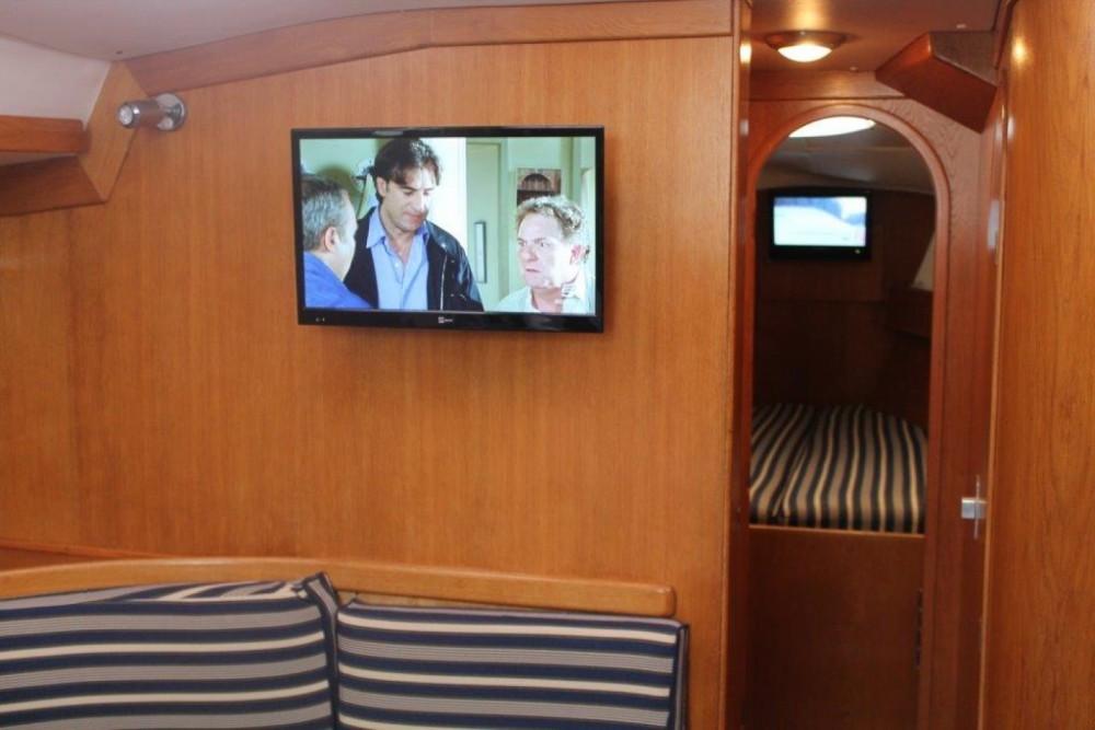 Boat rental Delphia Delphia 40 in La Spezia on Samboat