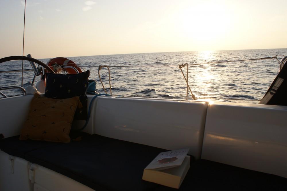Boat rental San Pedro del Pinatar cheap Cyclades 39.3