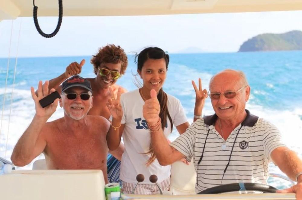 Rental yacht Phuket - Riviera Riviera 41 flybridge on SamBoat
