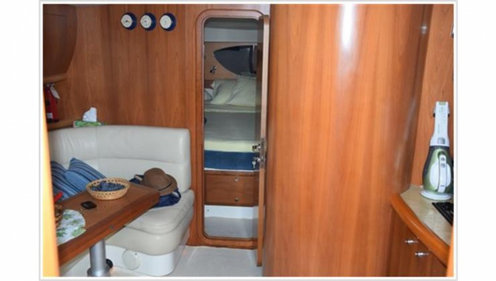 Rental yacht  - Blu Martin Blu Martin 1350 Sun Top on SamBoat