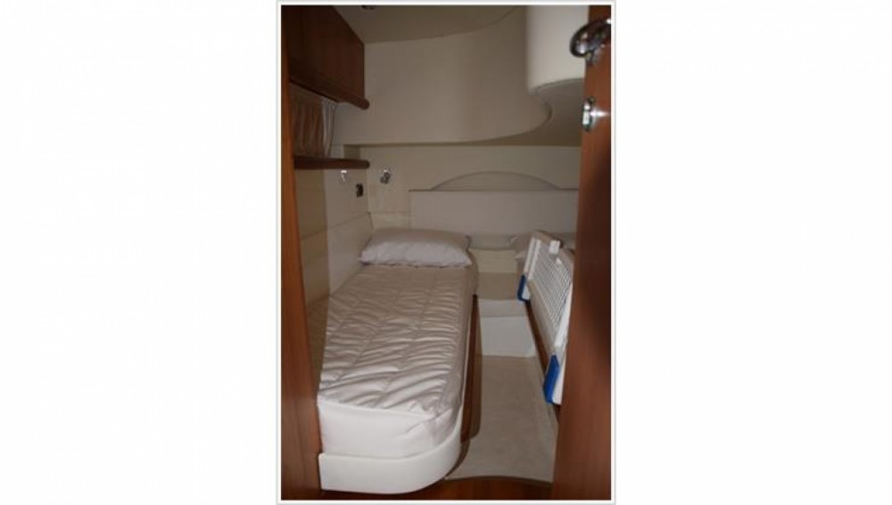 Boat rental  cheap Blu Martin 1350 Sun Top