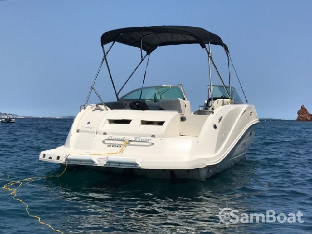 Rental Motor boat in Vallauris - Sea Ray Sea Ray 260 Sundeck