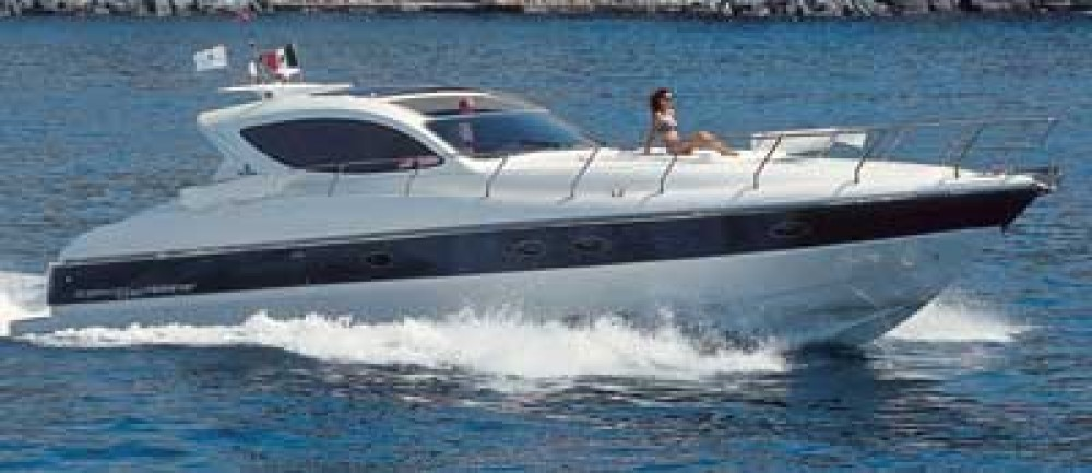 Motor boat for rent San Lorenzo al Mare at the best price