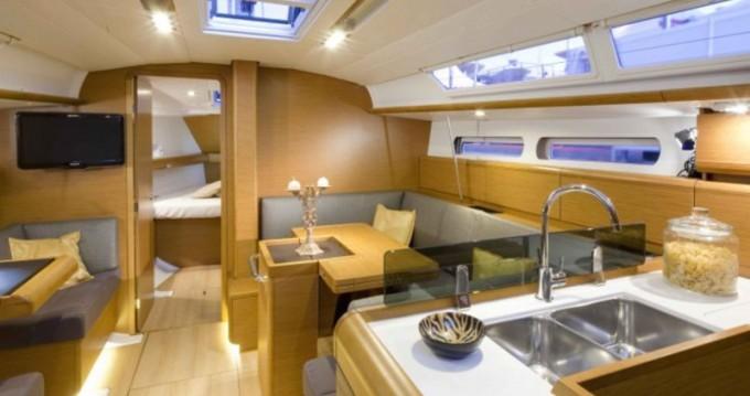 Rental yacht Rhodes - Jeanneau Sun Odyssey 409 on SamBoat