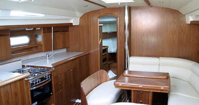 Rental Sailboat in Alimos - Jeanneau Sun Odyssey 45
