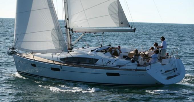 Rent a Jeanneau Sun Odyssey 42DS Alimos