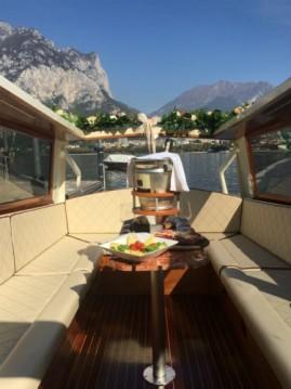 Boat rental taxi taxi veneziano in Malgrate on Samboat