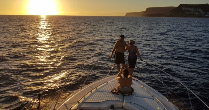 Hire Motorboat with or without skipper Fairline Puerto de Mogán