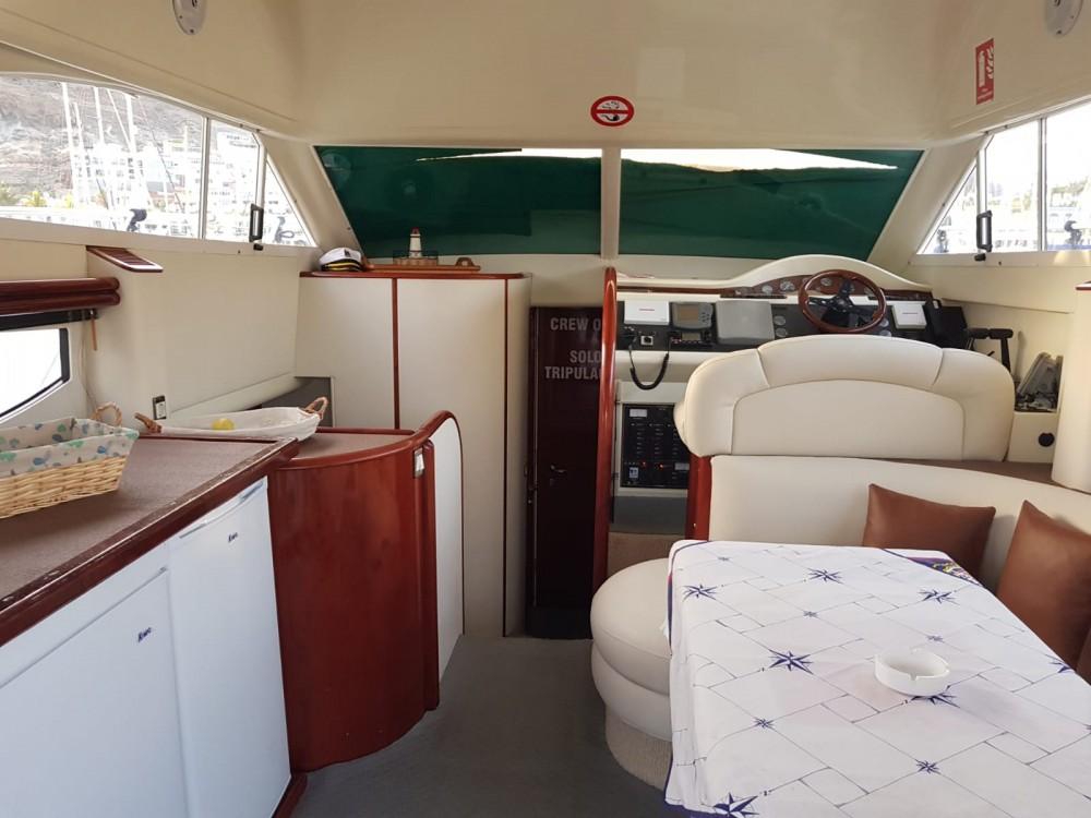 Rental Yacht in Mogán - Fairline Phantom 38