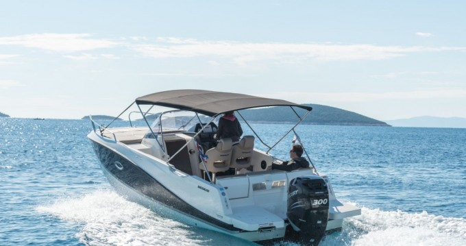 Quicksilver Activ 755 Sundeck between personal and professional Trogir