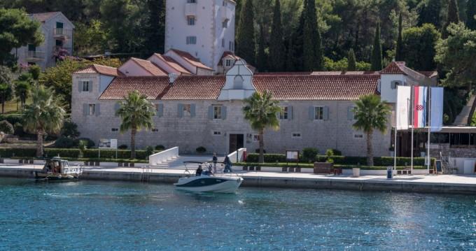 Rental Motorboat in Trogir - Quicksilver Activ 755 Sundeck