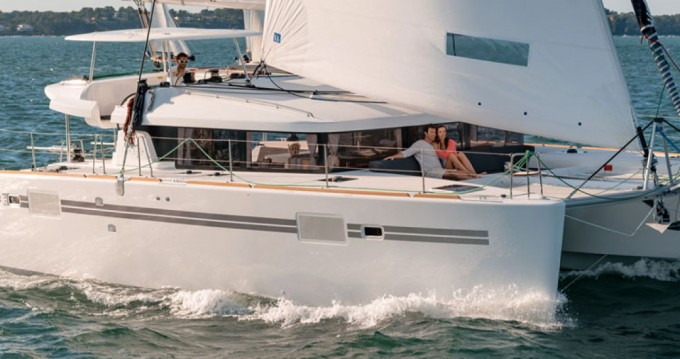 Rental yacht Palma de Mallorca - Lagoon Lagoon 450 F on SamBoat