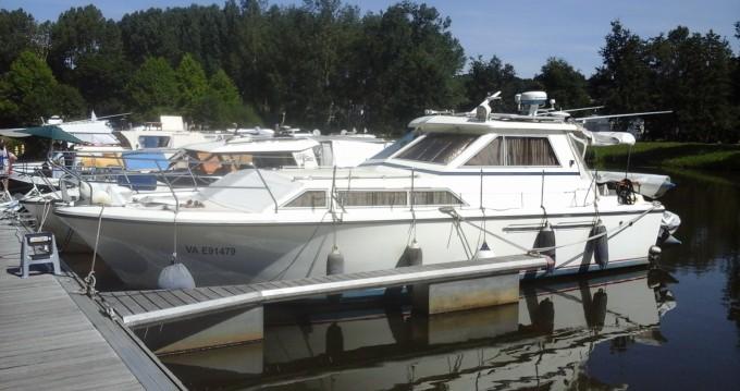 Boat rental Princess Princess 33 in Redon on Samboat