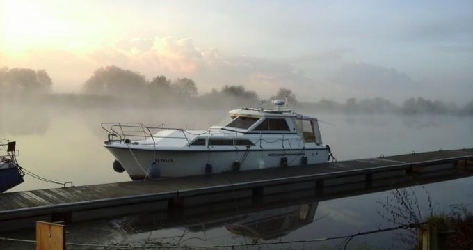 Boat rental Redon cheap Princess 33