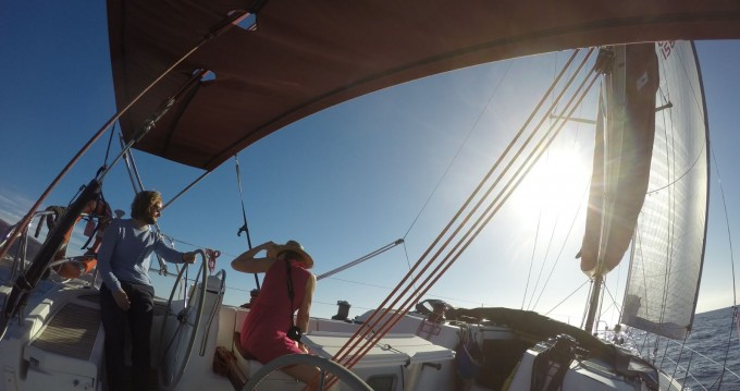 Hire Sailboat with or without skipper Jeanneau Morro Jable