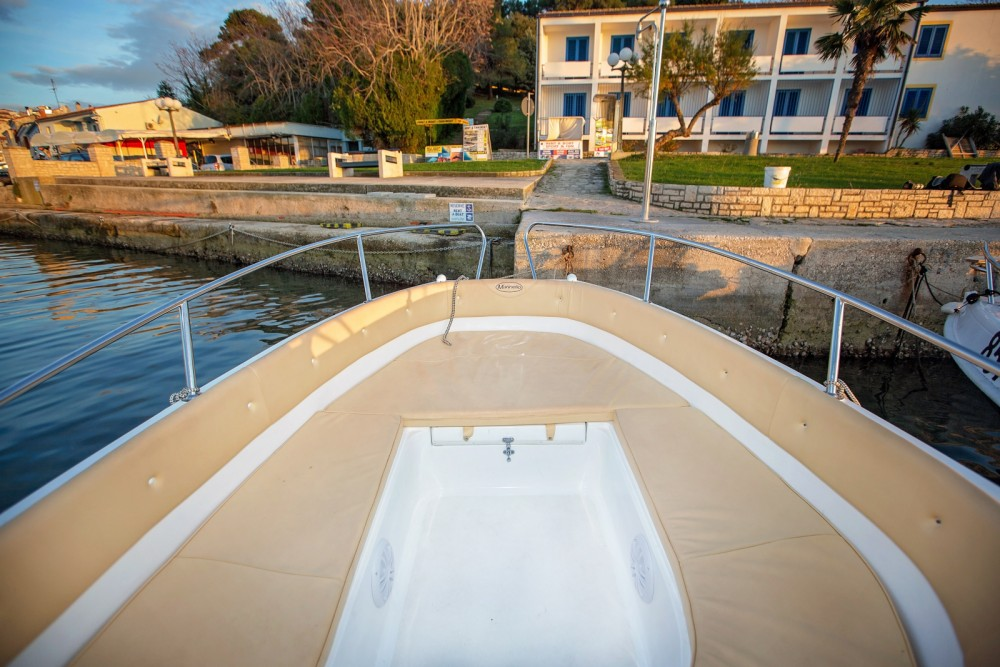Rental Motor boat Marinello with a permit