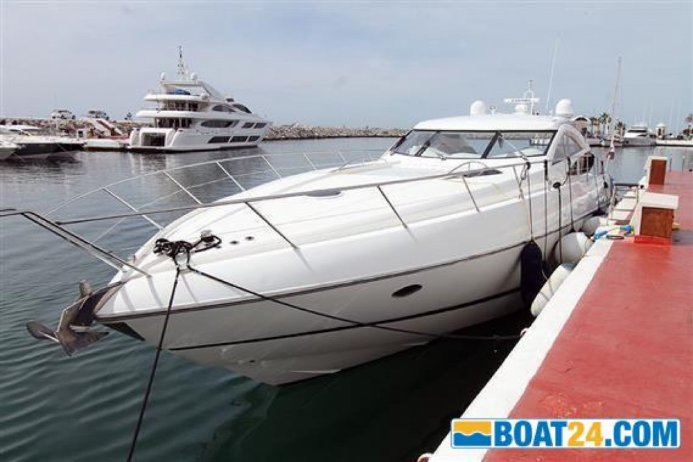 Hire Yacht with or without skipper Sunseeker Monopoli