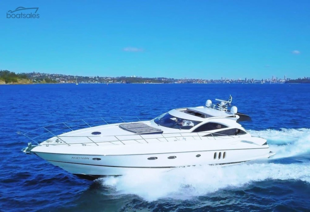 Boat rental Monopoli cheap Predator 68