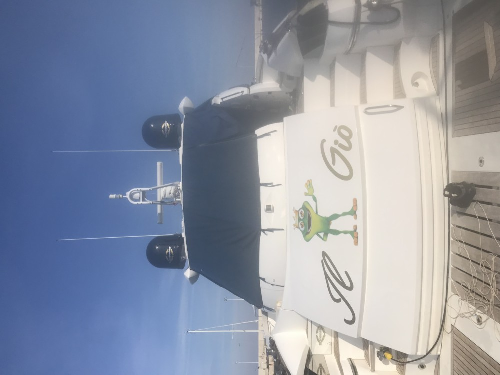 Yacht for rent Monopoli at the best price
