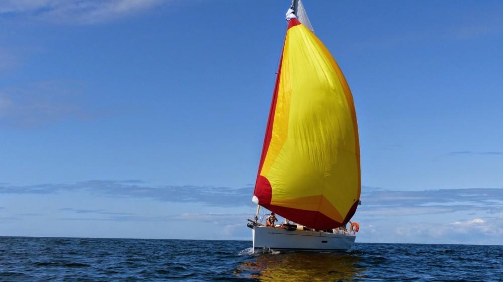 Rental Sailboat in Arzon - Dufour Dufour 335 Grand Large