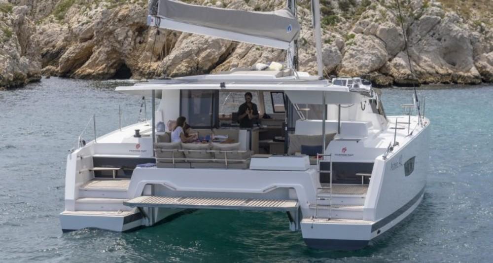 Rental yacht Lávrio - Fountaine Pajot Fountaine Pajot Astrea 42 - 4 + 2 cab. on SamBoat