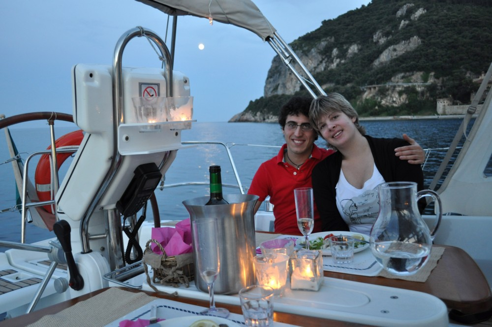 Sailboat for rent Finale Ligure at the best price
