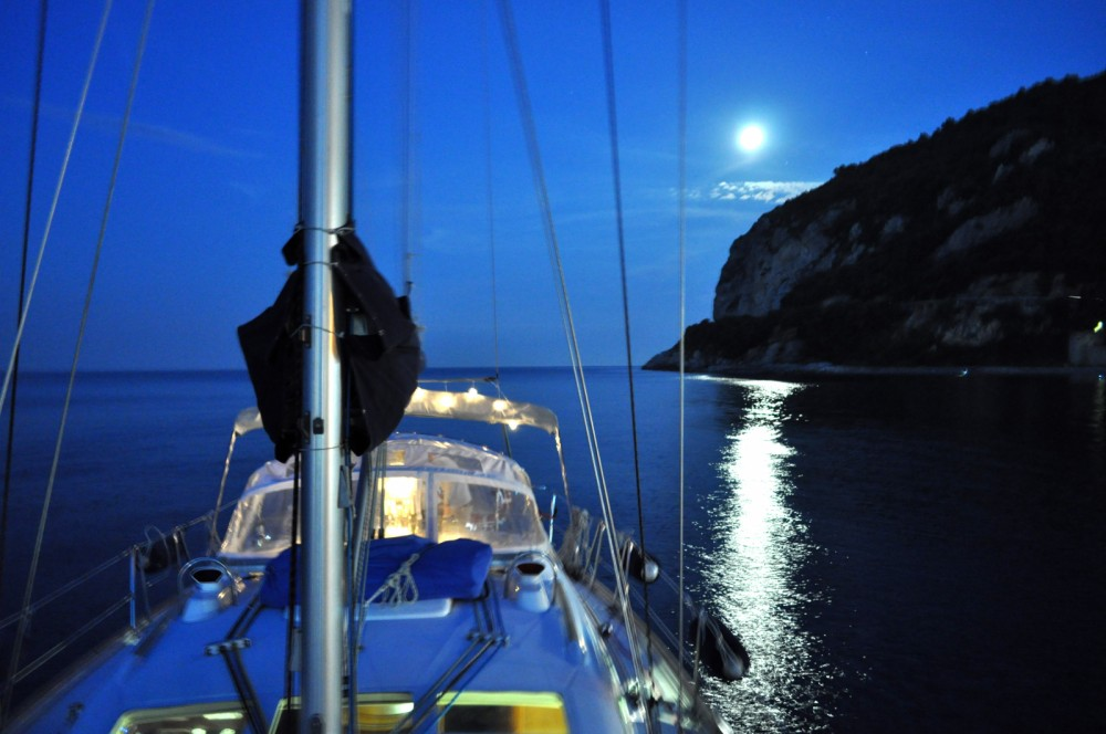 Rental yacht Finale Ligure - Bénéteau Oceanis 423 Clipper on SamBoat
