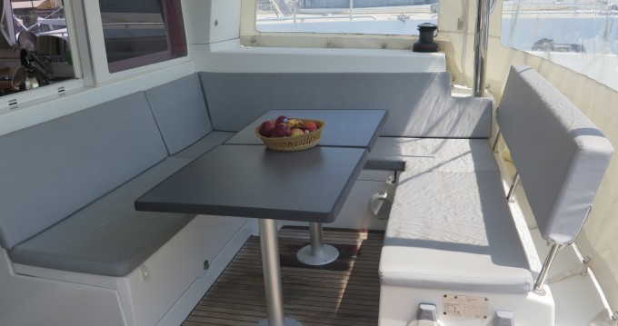 Catamaran for rent Hyères at the best price