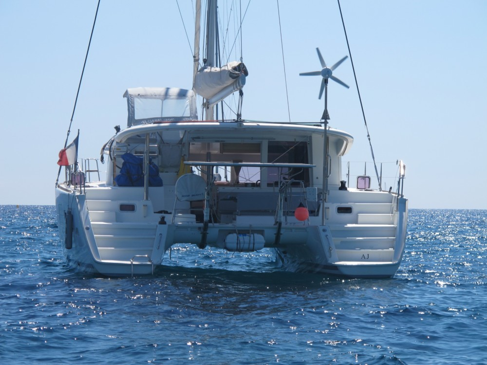 Hire Catamaran with or without skipper Lagoon Calvi