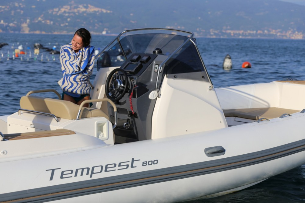 Rental RIB Capelli with a permit