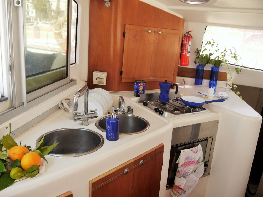 Boat rental Fountaine Pajot Lavezzi 40 in Sliema on Samboat