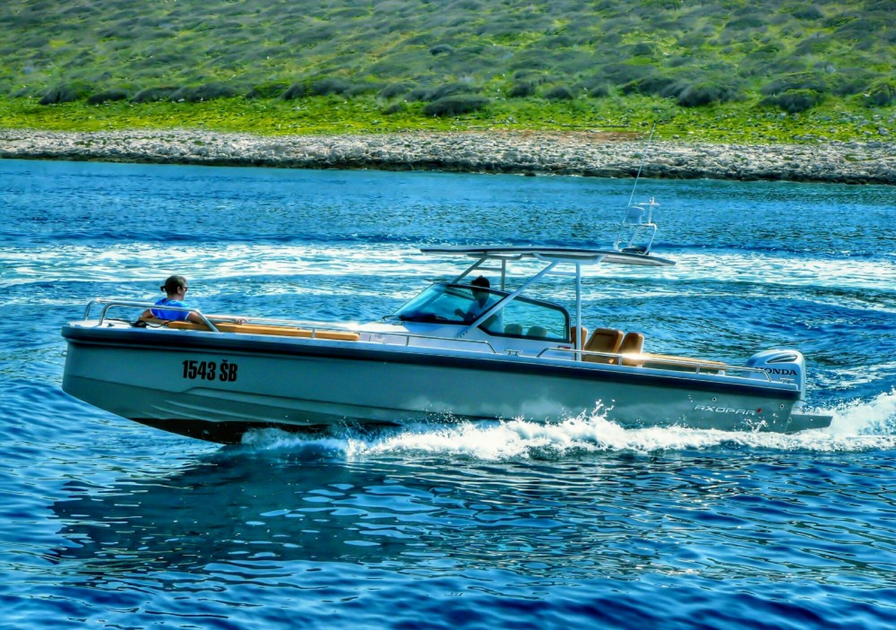 Hire Motor boat with or without skipper Axopar Šibenik