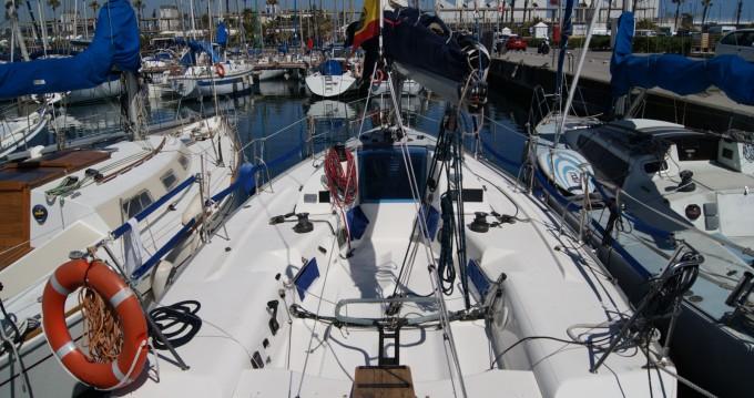 Rental yacht Barcelona - Jeanneau One Design 35 on SamBoat