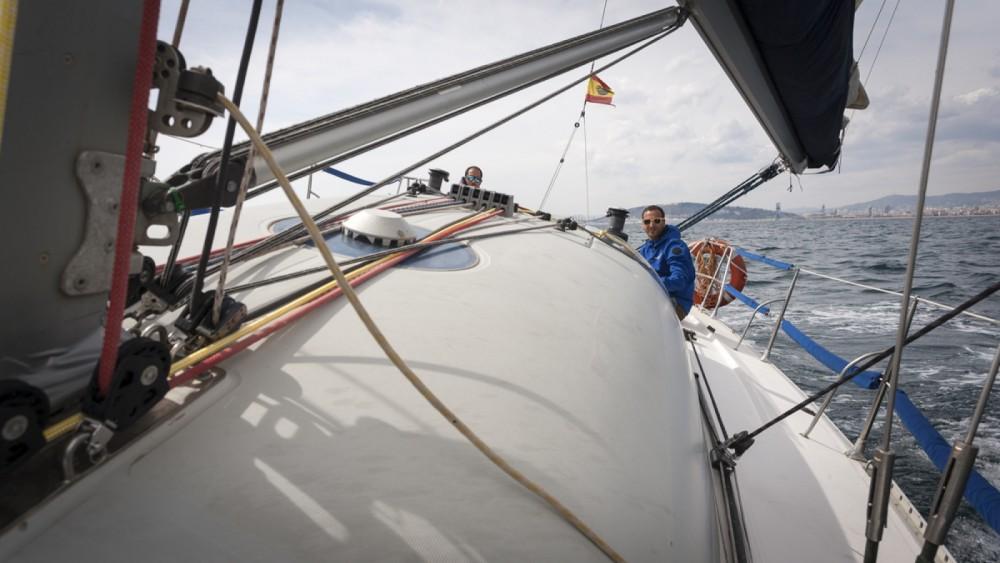 Rental Sailboat in Barcelona - Jeanneau One Design 35
