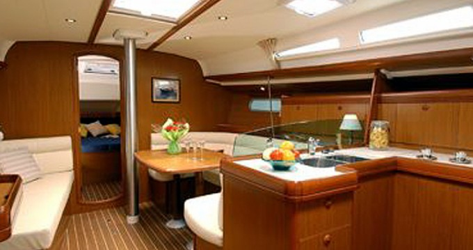Jeanneau Sun Odyssey 42i between personal and professional Gouvia