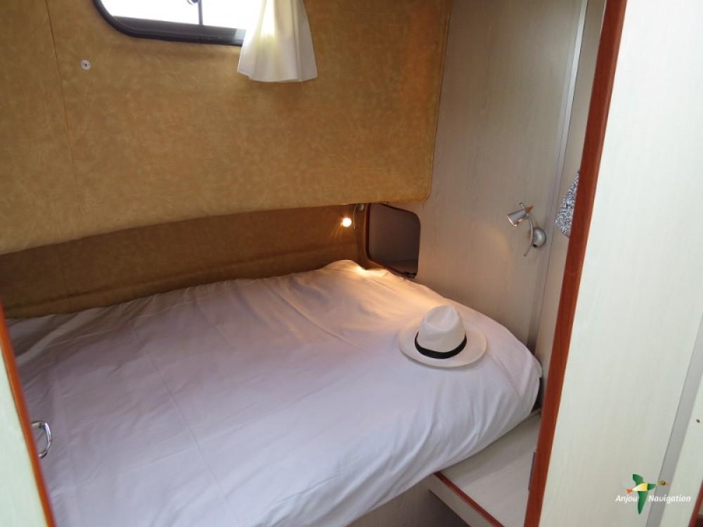 Boat rental Nicols Confort 1350B in Sablé-sur-Sarthe on Samboat