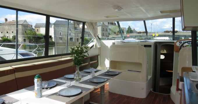 Boat rental Sablé-sur-Sarthe cheap Confort 1350B