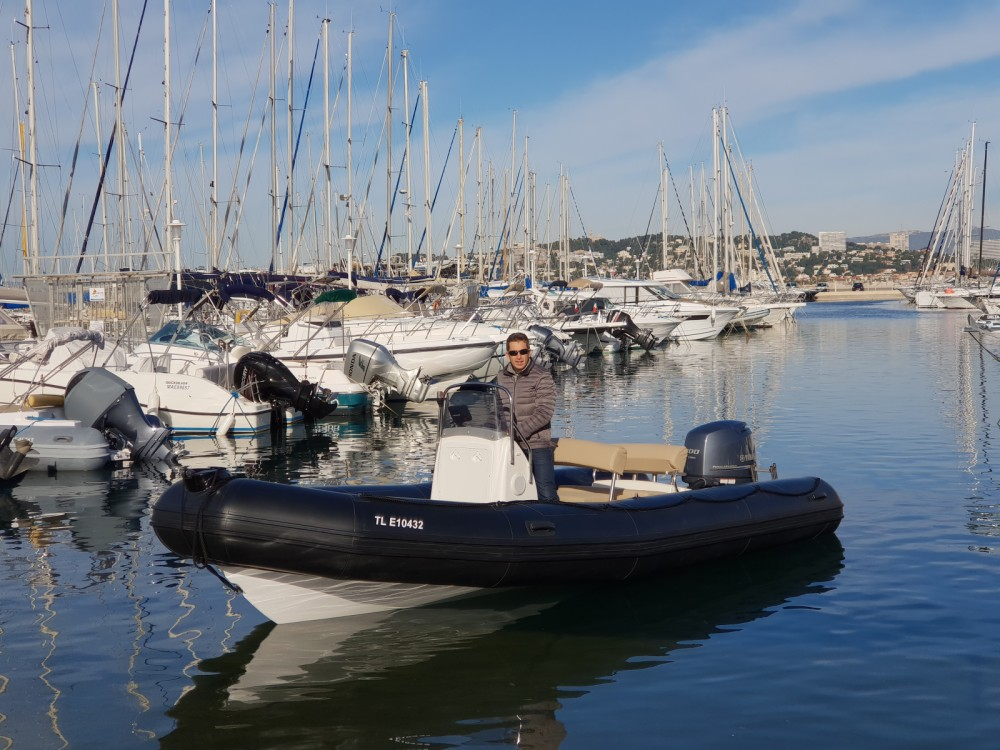 Bombard Explorer 640 SB between personal and professional Marseille