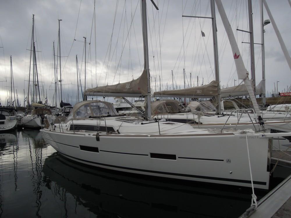 Rental Sailboat in La Trinité-sur-Mer - Dufour Dufour 382 Grand Large