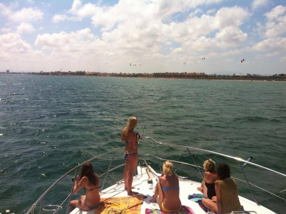 Rental Yacht in  - Riviera Riviera 40 Open Flybridge
