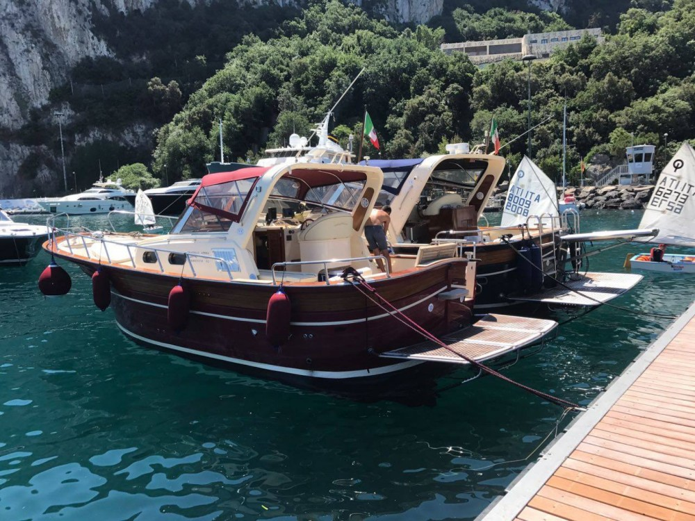 Rent a Apreamare Fratelli Aprea 32 Positano