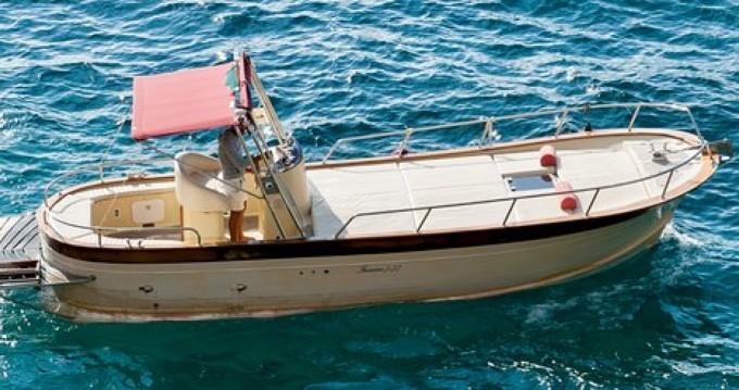 Rental Motorboat in Positano - Ferretti Bella Vita
