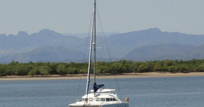 Rental Catamaran in Madirokely - Lagoon Lagoon 380